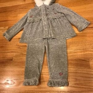 NEW GREY 2 PIECE HOODED TOP & PANTS - 18 MTHS